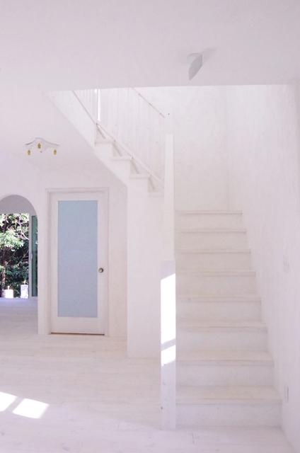 白い階段 エイジング加工